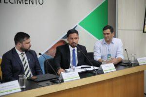 Água de coco: Rodrigo Cunha quer mais proteção para consumidores e segurança para produtores