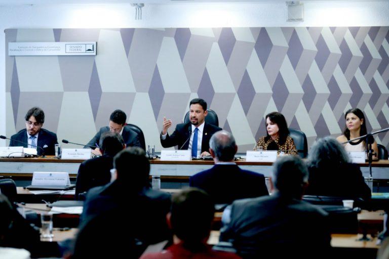 Defesa do Consumidor 768x512 - Rodrigo Cunha lidera agenda de defesa do consumidor no Senado